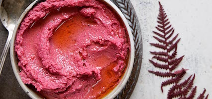 BEETROOT & BUTTER BEAN DIP
